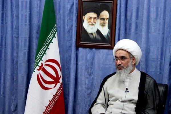 آیت الله صفایی بوشهری از پروژه های بخش کشاورزی شهرستان دشتی بازدید کرد